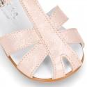 Sandalia peques tipo cangrejera en piel METALIZADA.