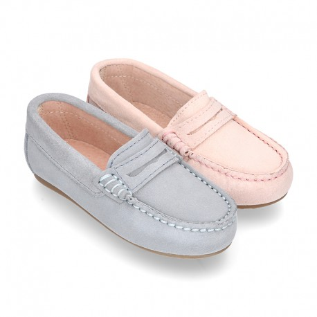 Classic SOFT SUEDE leather Moccasin shoes with detail mask in pastel colors.