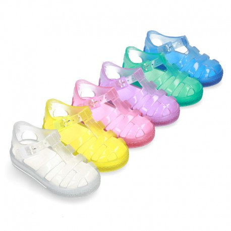 CRYSTAL COLORS TENNIS style jelly shoes for the Beach and Pool.