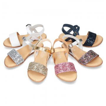 Leather sandal shoes with GLITTER finishes and buckle fastening.