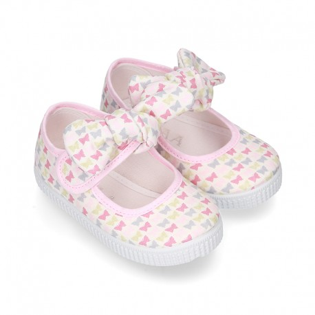 Cotton canvas Little Mary Janes with velcro strap and BUTTERFLIES print design.