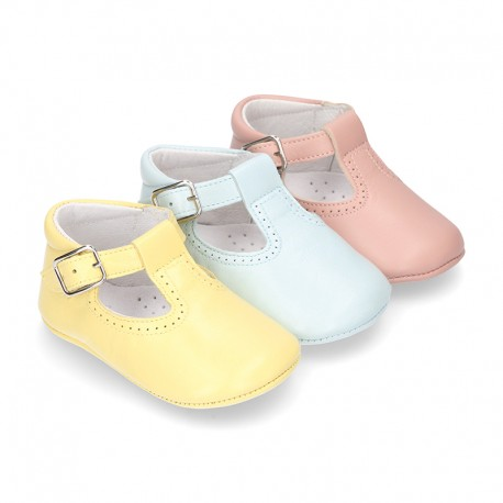 New Nappa leather Pepito or T-strap shoes with buckle fastening for babies in seasonal colors.
