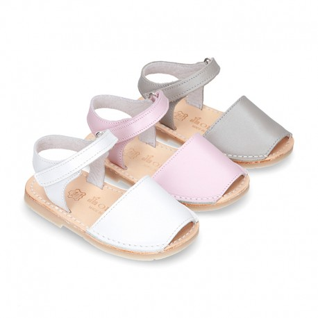 New SOFT NACAR leather Menorquina sandals with velcro strap.