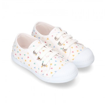 New little TRIANGLES Cotton canvas Sneaker shoes.