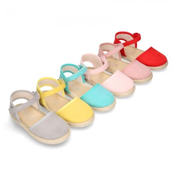 New Little girl soft canvas espadrilles with velcro strap.