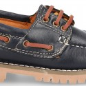 Classic cowhide leather Boat shoes with shoelaces and thick soles for kids.