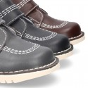 Basic classic casual ankle boot shoes with velcro strap in leather.