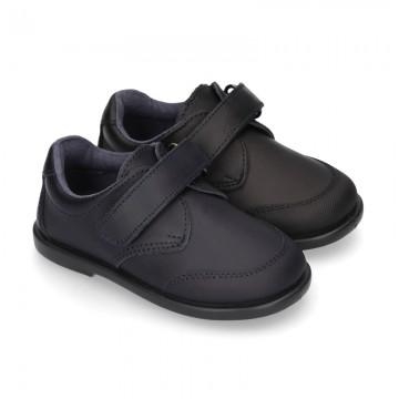 Zapato colegial tipo Blucher sin cordones y con puntera en piel lavable para peques.