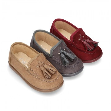 New kids autumn-winter canvas Moccasin shoes with TASSELS design.