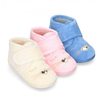 New Wool knit ankle home shoes with velcro strap and little CAT design.