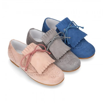 New Laces up oxford shoes in suede leather with FRINGED tab design for girls.