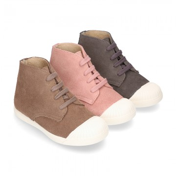 New kids suede leather Ankle boots with TOE CAP.