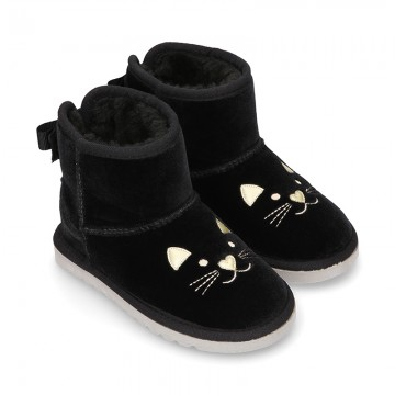 Black velvet Boot shoes Australian style with CAT design and fake hair lining.