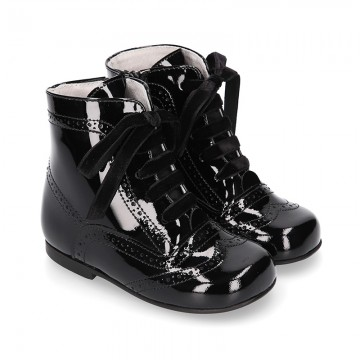 New classic Pascuala style ankle boots in BLACK patent leather.