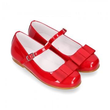 New little OKAA Mary Jane shoes with shoemaker ribbon in RED patent leather.