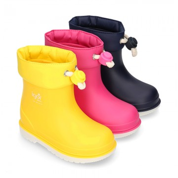 Little NAUTICAL Rain boots with adjustable neck for little kids.