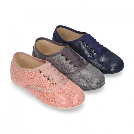 Zapato tipo BLUCHER niños en Serratex estampado.