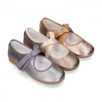 New Little Angel style ballet flat shoes with ties closure in METAL Nappa leather.