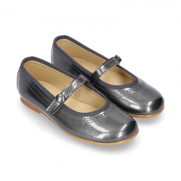 METAL patent leather classic Mary Jane shoes with velcro strap and button.