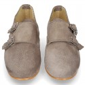 Laces up oxford shoes with DOUBLE BUCKLE fastening in suede leather for girls.