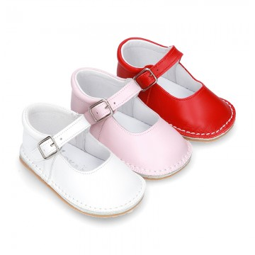 Baby Nappa leather Mary Jane shoes with buckle fastening and flexible soles .
