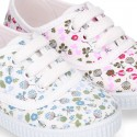 Cotton canvas Bamba type shoes with shoelaces and FLOWERS print design.