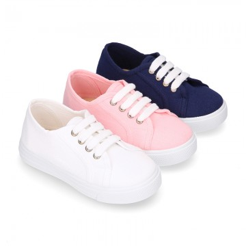 RECYCLED COTTON canvas tennis shoes to dress for kids with shoelaces closure.