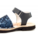 GLITTER effect Menorquina sandals with velcro strap.