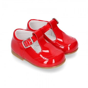 Classic T-strap shoes in RED patent leather.