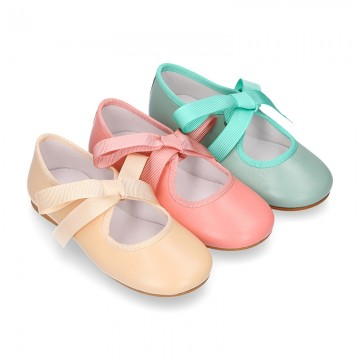 Girls soft nappa leather little Mary Jane shoes angel style in seasonal colors.