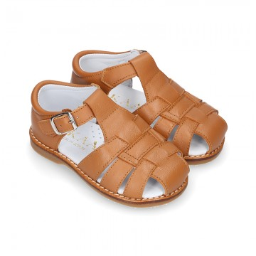 Soft Nappa leather kids Sandal shoes in COWHIDE color.