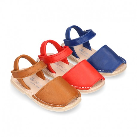 EXTRA SOFT nappa leather kids Menorquina sandals with flexible outsole and hook and loop strap.
