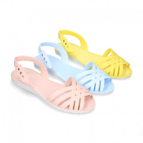 Women Ballet flat style jelly shoes sandal style for the Beach and Pool i SOLID colors.