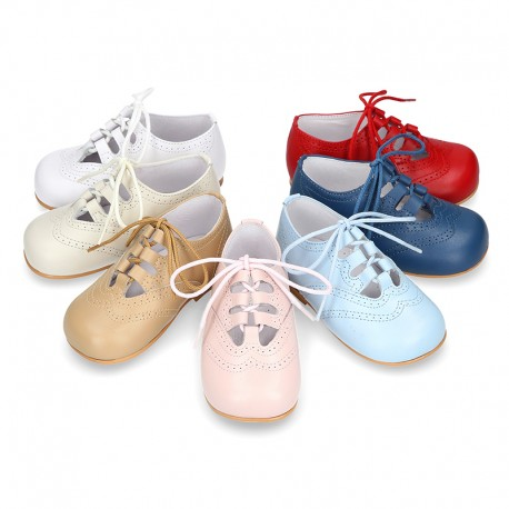 Classic little english style kids shoes in SOFT NAPPA leather.