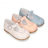 FLOWER design Girl T-Strap little Mary Jane shoes in soft nappa leather.
