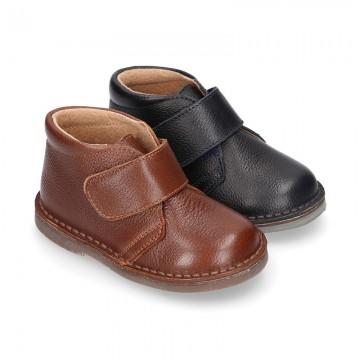 Nappa leather kids Safari boots laceless.