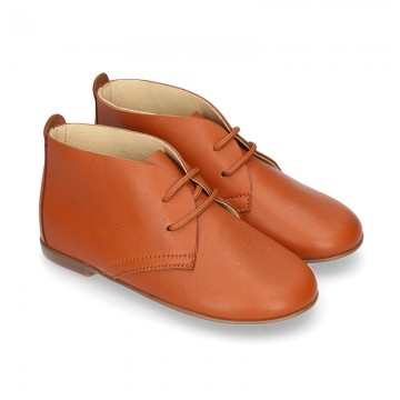 Cowhide color Nappa leather ankle boot shoes with thinner shape with shoelaces.
