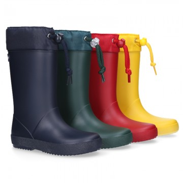 School rain boot shoes with adjustable neck.