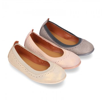 SHINY Suede leather ballet flat shoes with elastic band and perforated design.