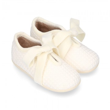 SQUARE design fall-winter canvas home shoes little ANGEL style with Velvet laces.