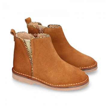 Suede leather kids ankle boot shoes with golden elastic band and zipper closure.