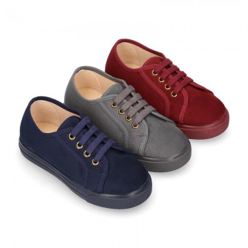 Autumn winter canvas OKAA kids tennis shoes to dress with shoelaces closure.