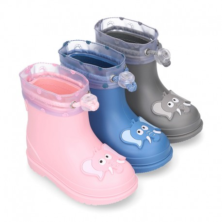 Little ELEPHANT Rain boots design with adjustable neck for little kids.