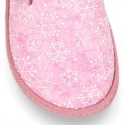 Wool effect OKAA CLOG Home shoes with snowflakes design.
