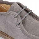 Zapato niño tipo WALLABEE con cordones en piel serraje.