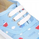 Cotton canvas Bamba type shoes with shoelaces and BOATS design.