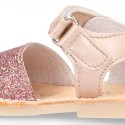 Shiny soft leather kids menorquina sandals with hook and loop strap.