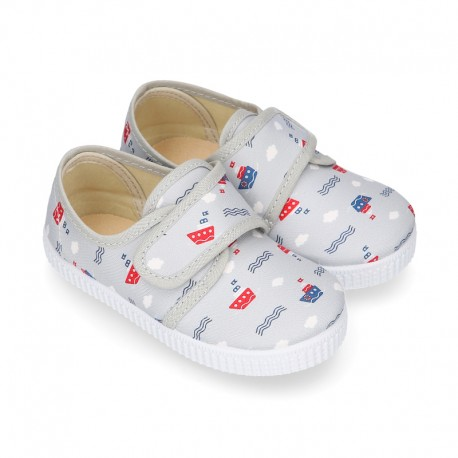Cotton canvas Bamba type shoes with laceless and BOATS design.