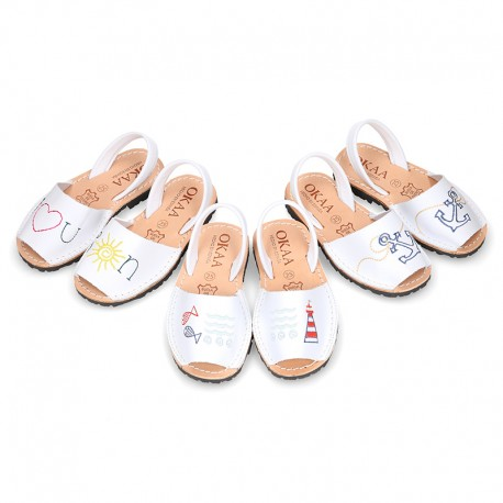Embroidery leather Kids Menorquina sandals with rear strap.