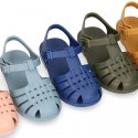 Classic Kids jelly shoes for Beach and Pool use in SOLID colors with CLIP PRESS closure.
